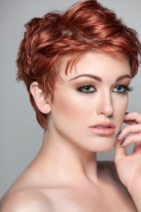 Wondrous 50 Beautiful Hairstyles That Enhance Your Round Face Short Hairstyles Gunalazisus