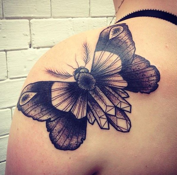 24-Barbe-Rousse-moth-shoulder-tattoo