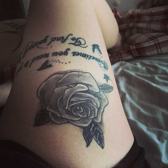 thigh-tattoos-for-girls-7