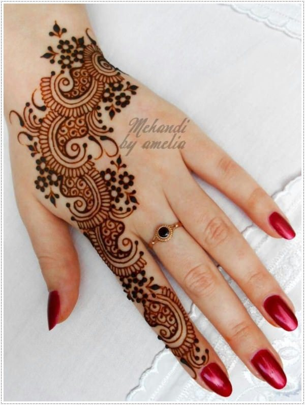 19110416-henna-tattoo-designs-