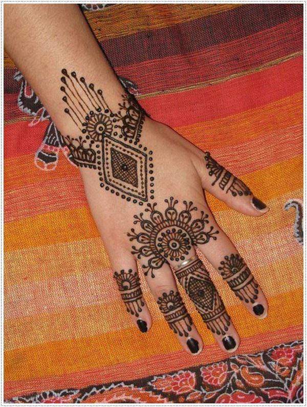 24110416-henna-tattoo-designs-
