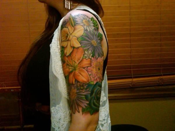 35110416-lily-tattoo-designs-
