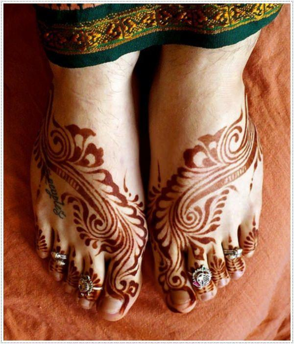 37110416-henna-tattoo-designs-