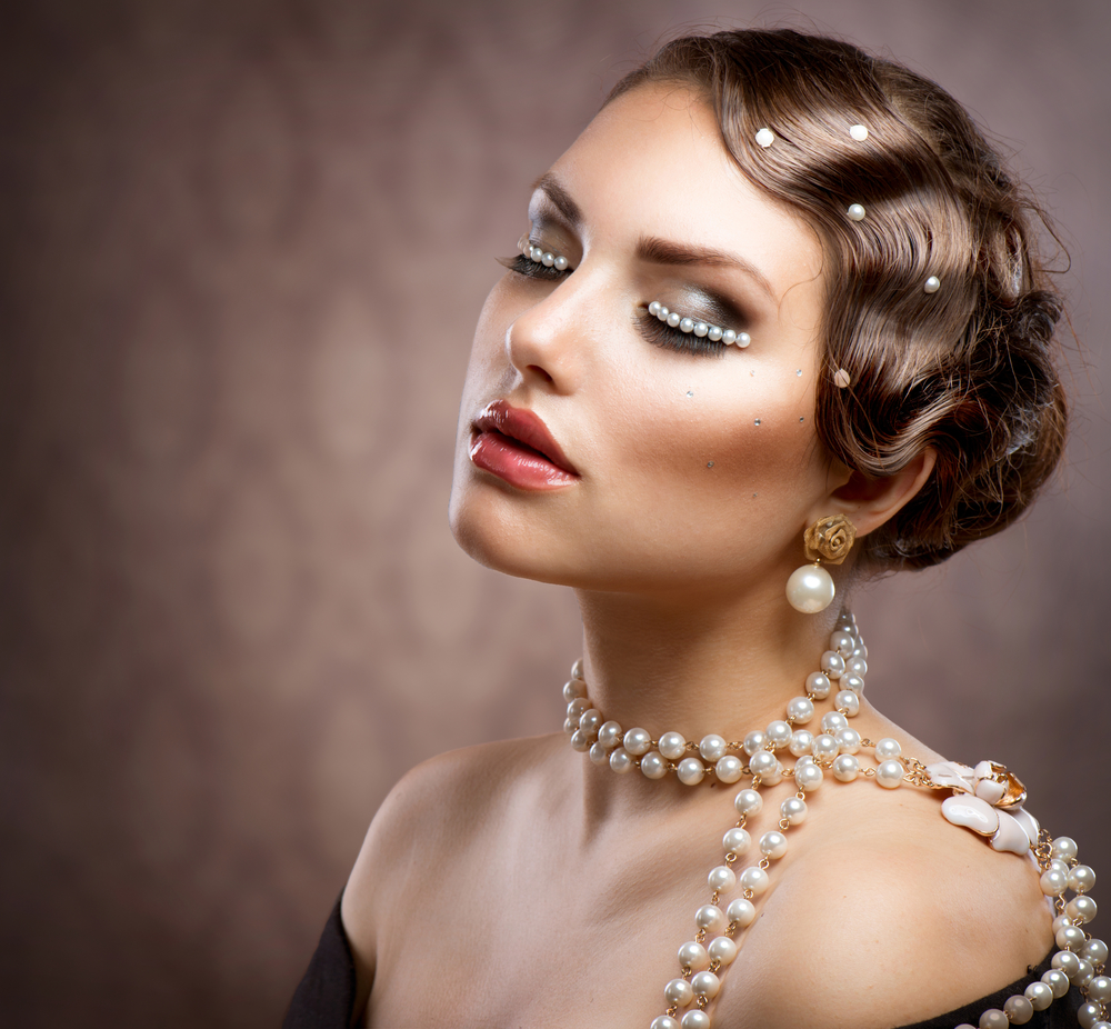 5 Unexpected Ways To Wear Pearls Turn Classy Into Edgy