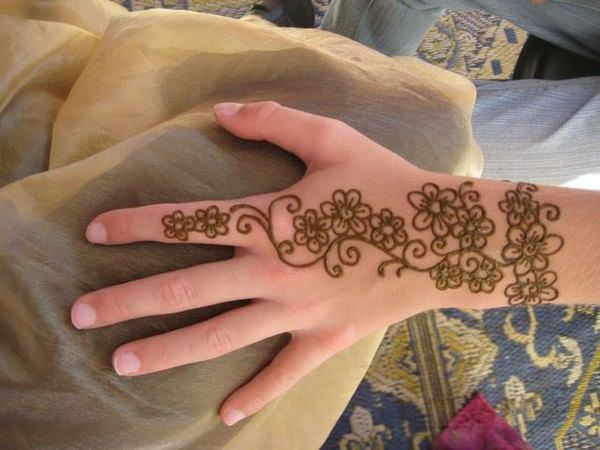 53110416-henna-tattoo-designs-