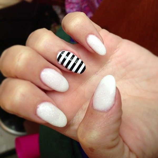 black-and-white-nail-designs-212