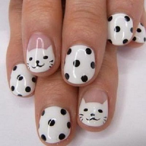 black-white-cat-nail-art-short
