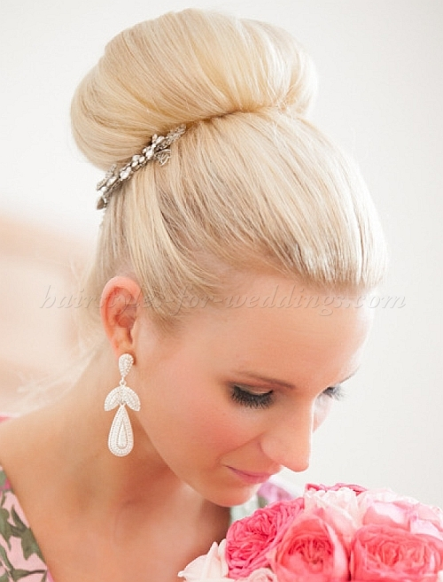 Flawless Wedding Hairstyle That Can Transform Your Overall Look