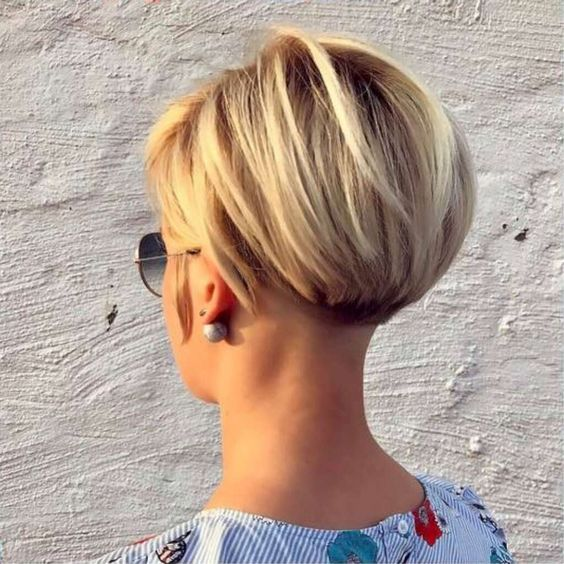 The Best Hairstyles To Rock On The Beach