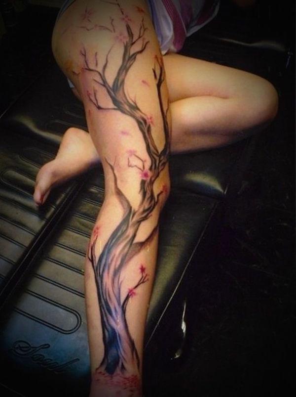 sexiest-thigh-tattoos-83