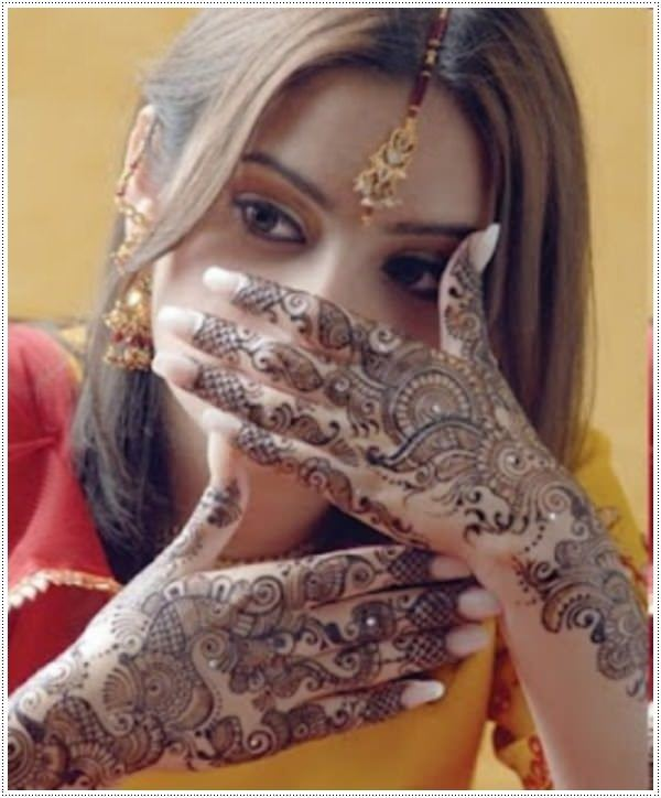 28110416-henna-tattoo-designs-