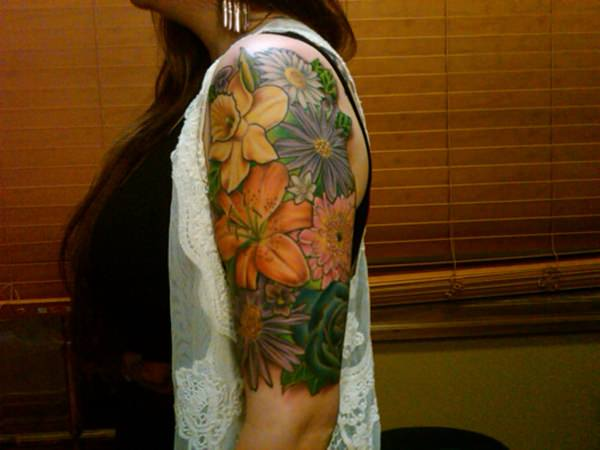 35110416-lily-tattoo-designs-