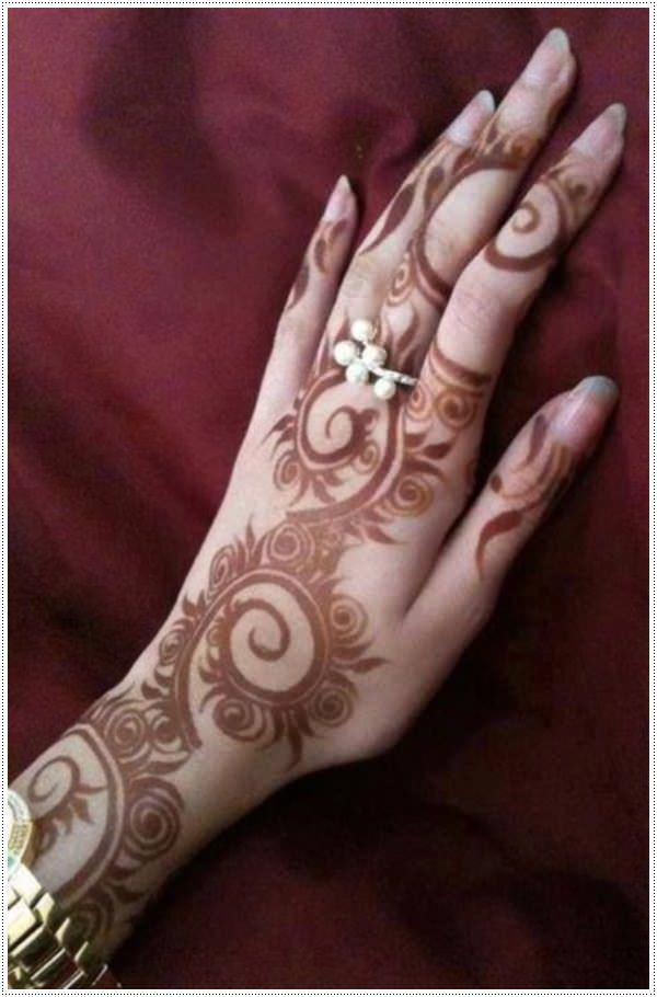 38110416-henna-tattoo-designs-