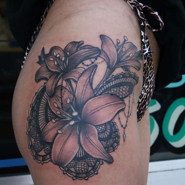 40110416-lily-tattoo-designs-