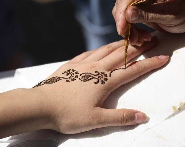 50110416-henna-tattoo-designs-