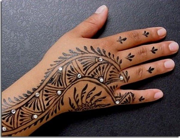 6110416-henna-tattoo-designs-