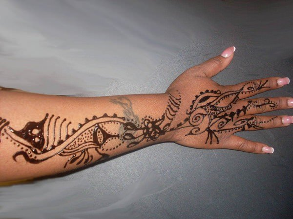 75110416-henna-tattoo-designs-