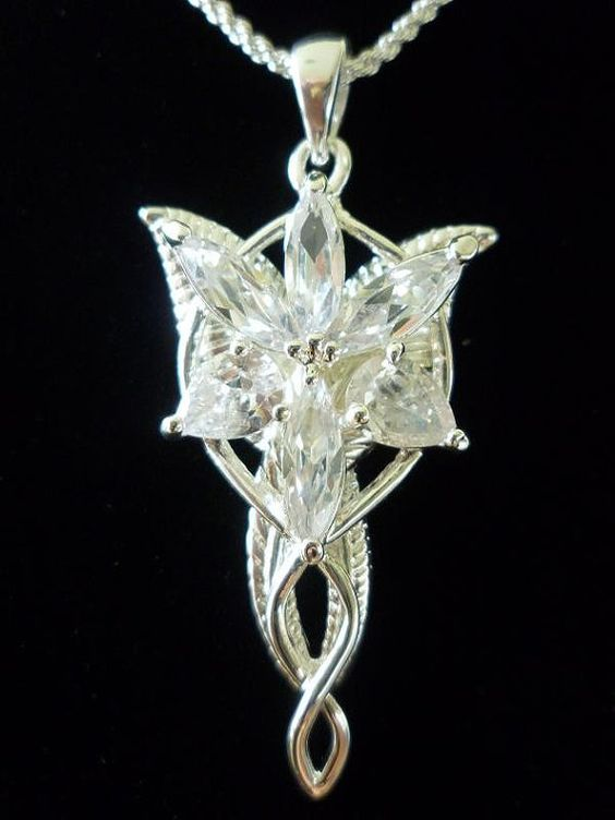 Picture12_Arwen's Necklace