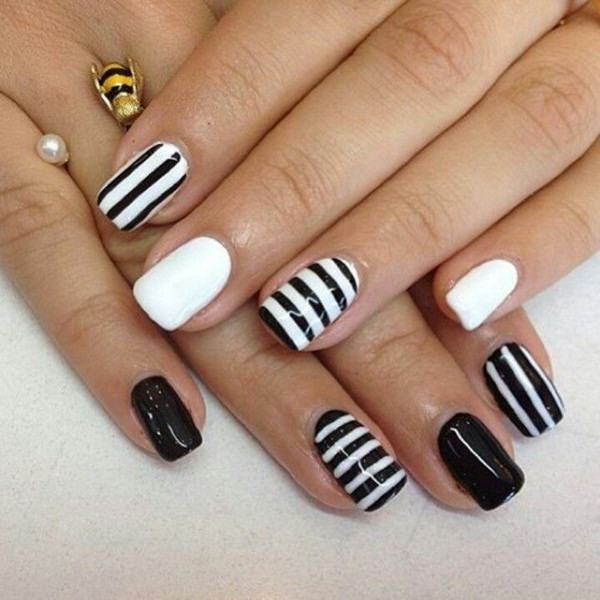black-and-white-nail-designs-10