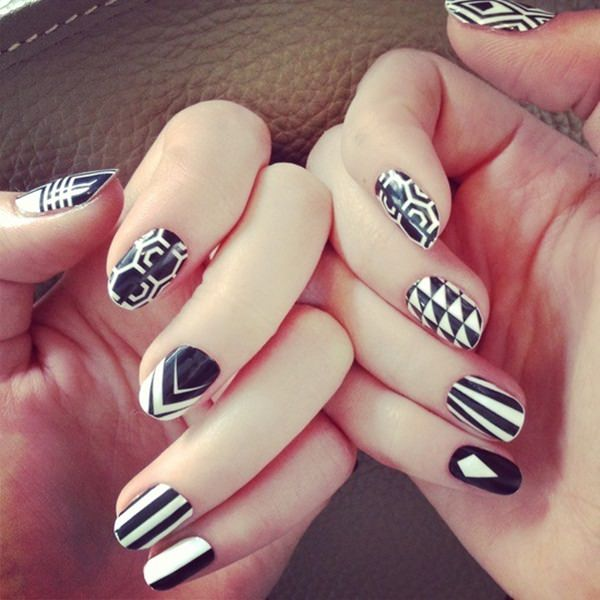 black-and-white-nail-designs-37