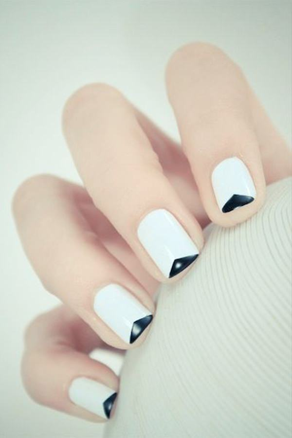 black-and-white-nail-designs-6