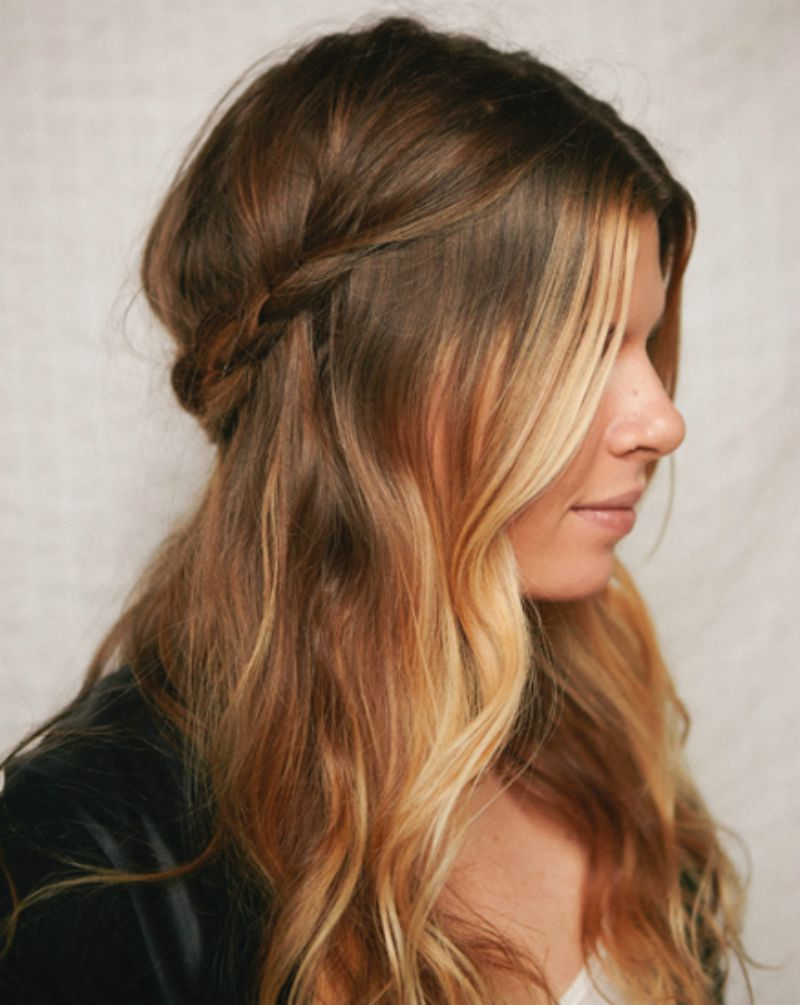 Sizzling Curls That Can Give You A Fashionable Look